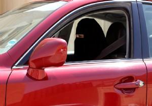 Dubaili bir şirket, 100 bin Suudi kadın şoförü işe alacak
