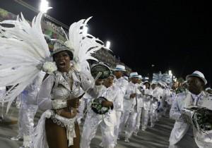 Rio Karnavalı'ndan renkli kareler