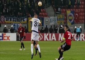 Fenerbahçe, Spartak Trnava'ya deplasmanda 1-0 yenildi