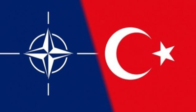 Türkiye NATO'dan çıkar mı?