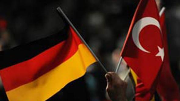 Almanya'dan 15 Temmuz kararı: Askerlerin iltica başvurusu kabul edildi