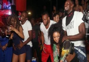 Usain Bolt'un 7 kadınla çılgın partisi olay oldu