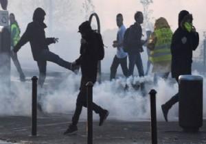 Fransa Başbakanından protestolara yanıt: Reformları sürdürmekte kararlıyız 52