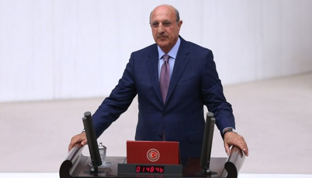 CHP'li İlhan Kesici: 19 yılda maaşlar eridi!