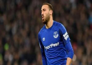 Everton Cenk'e şart koydu