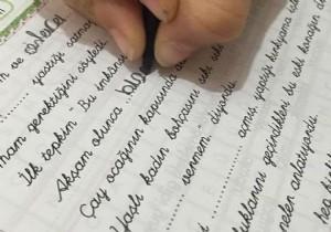 Okullarda 'el yazısı' kararı yine değişti