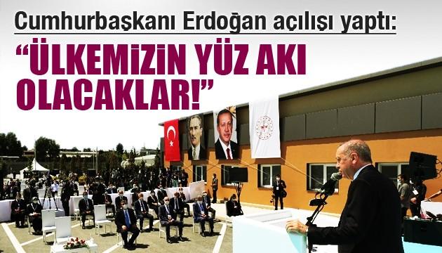 Cumhurbaşkanı Erdoğan salgın hastanesini açtı