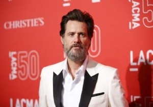 Jim Carrey'den facebook boykotu!