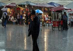 Meteoroloji uyarmıştı; İstanbul'da hayat durdu