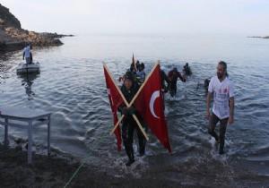 'Akvaryum adam' su altından rekorla çıktı