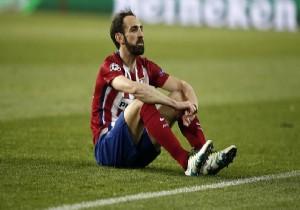 A. Madridli futbolcudan �z�r mesaj�!
