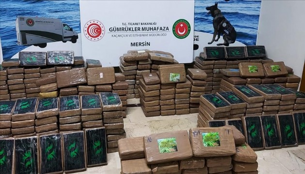 Mersin Limanı'nda 463 kilo kokain ele geçirildi